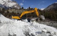 हिमपातका कारण दुई आयोजनाको निर्माण कार्य ठप्प
