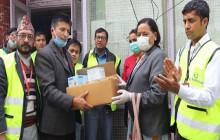 पत्रकार महासंघ काठमाडौं शाखालाई खाद्यान्न र स्वास्थ्य सामग्री प्रदान