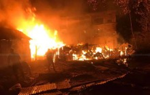 ग्यास लिक भएर आगलागी हुँदा ४ घर जलेर नष्ट, एक जना गम्भीर घाइते