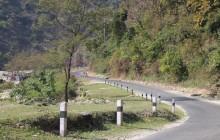 भीमफेदी–कुलेखानी–सिस्नेरी सडकमा यातायात बन्द, त्रिभुवन राजपथ सञ्चालनमा